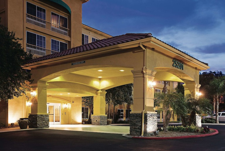 La Quinta Inn & Suites by Wyndham Santa Clarita