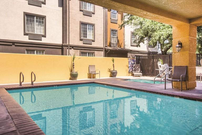 9b8ea86e - La Quinta Inn & Suites by Wyndham Fresno Riverpark