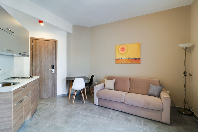 Athens Comfort Suites & Apartments
