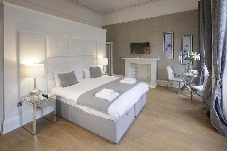 Deluxe suite at Hanover 71 Suites