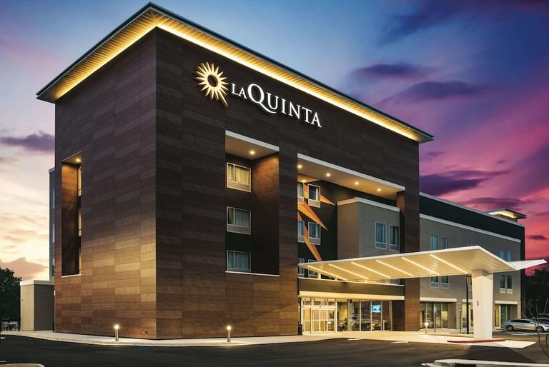 La Quinta Inn & Suites by Wyndham McDonough
