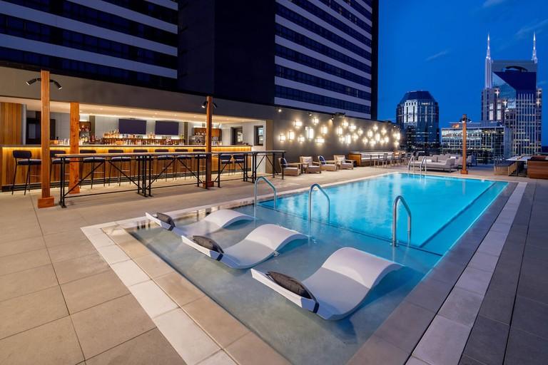 BNAUB_P099 Rooftop Pool