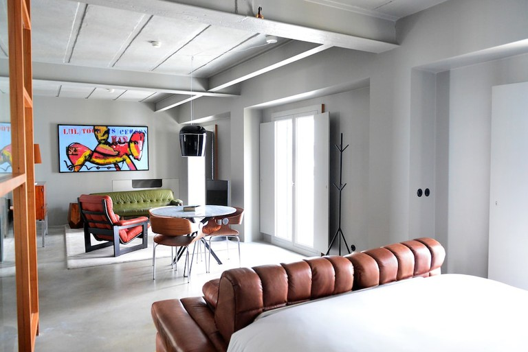 Raw Culture Art and Lofts Bairro Alto is perfect for art lovers