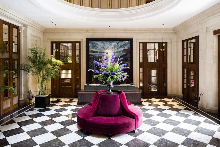 Cheval The Edinburgh Grand lobby with pink seating
