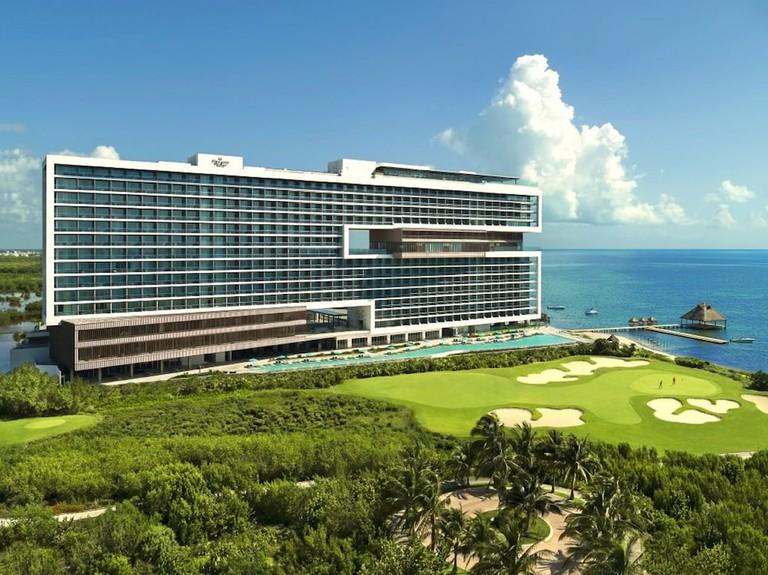 Dreams Vista Cancun Resort