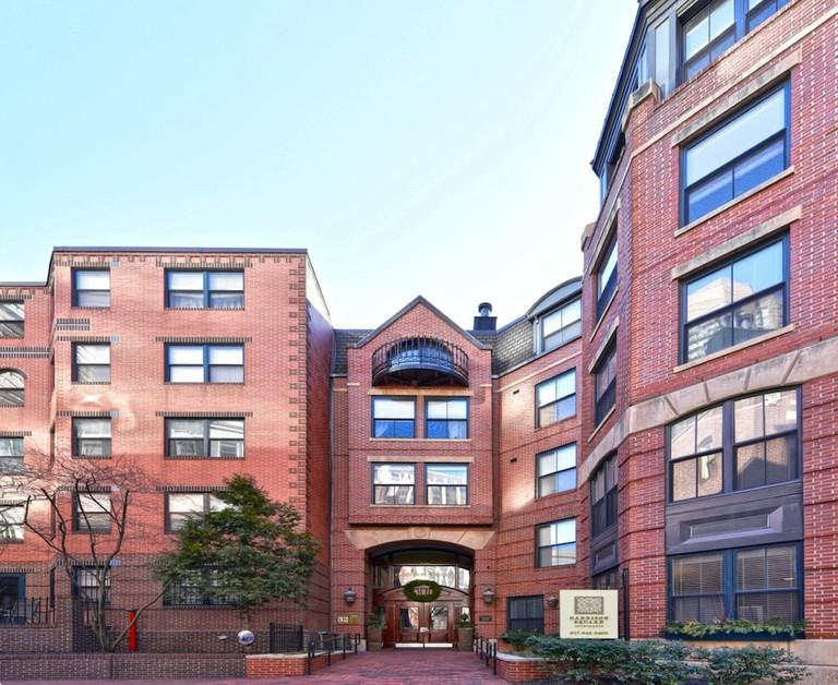 Boston Luxury Suites