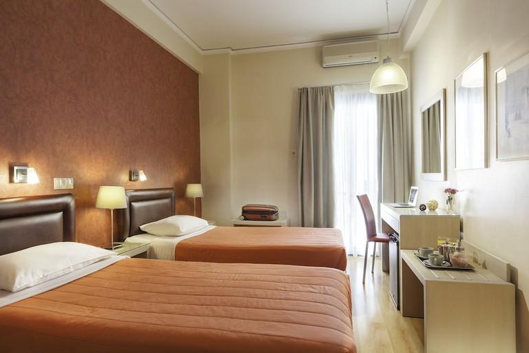 226ab105 - Lilia Hotel