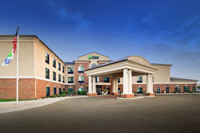 Holiday Inn Express & Suites Peru - Lasalle_5fa884a3