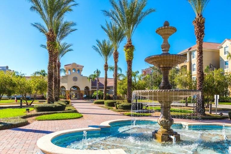 Vista Cay Resort by Orlando Resorts Rental
