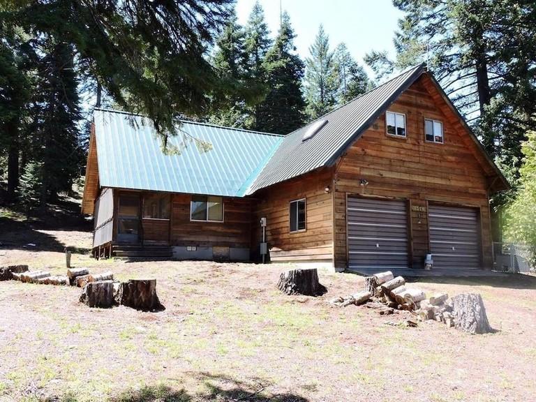 Whispering Pines Cabin Retreat_e234139a