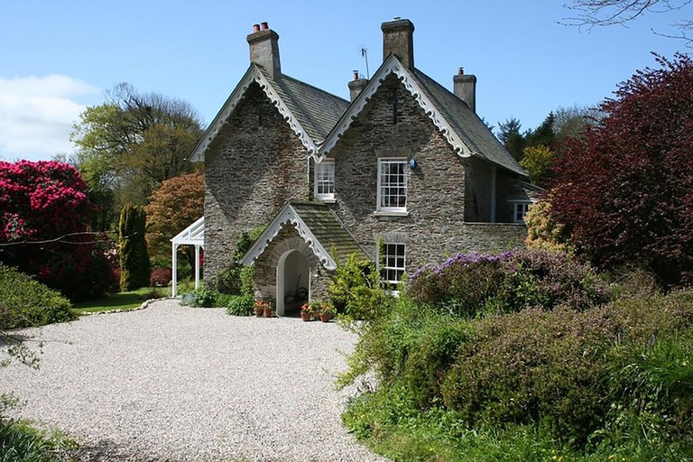 124008325 The Old Rectory