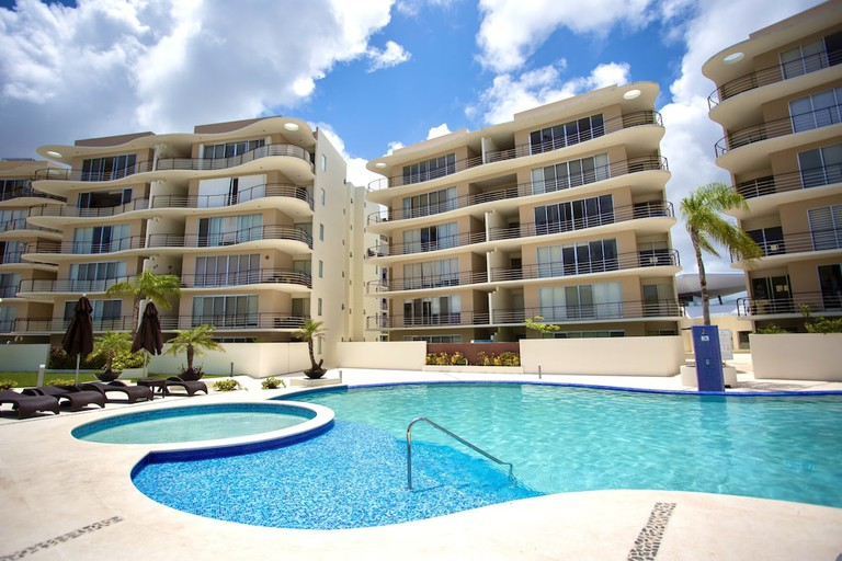 76b77f7c - Luxury 2 & 3 Bedroom Apartments