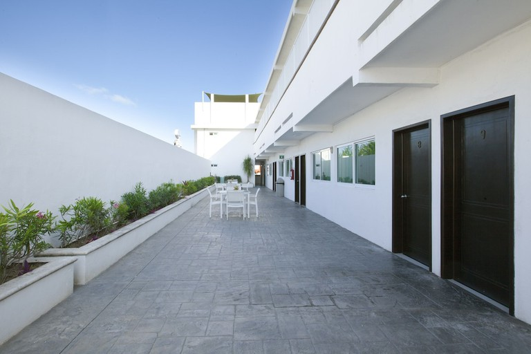 Hotel del Sol EDIT