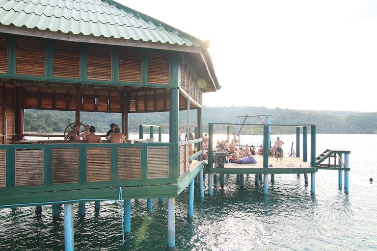 Mad Monkey Backpackers Resort