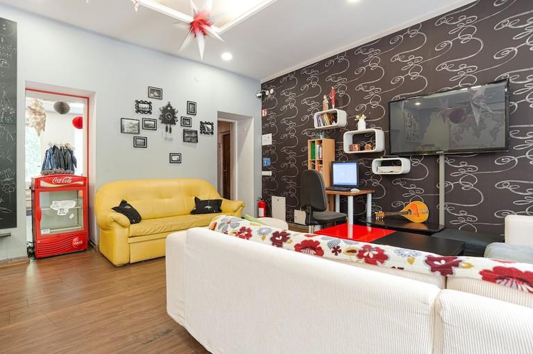 29b4bd42 - POGO Hostel