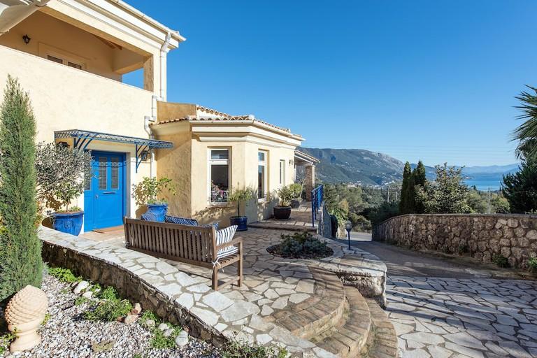 Villa Al'Azraa (by Corfu Escapes)