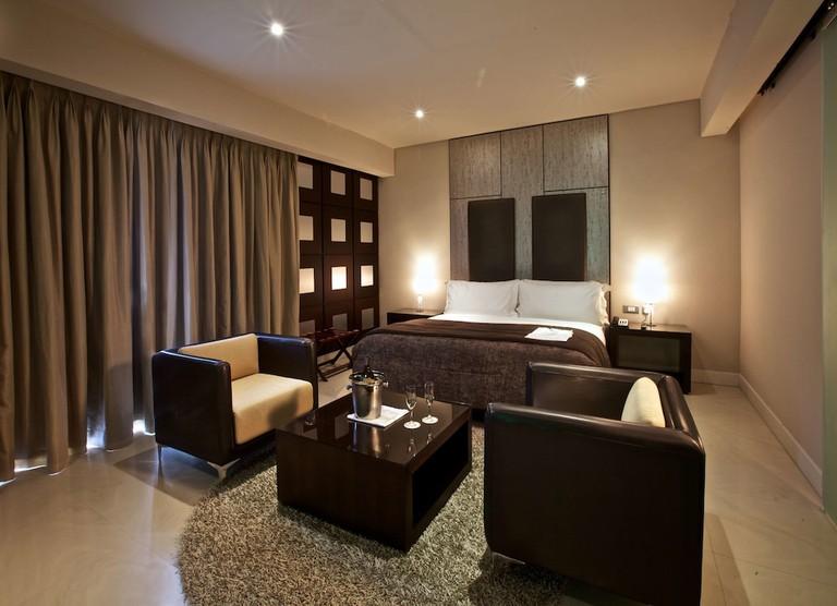 The Executive Room at The Wheatbaker Hotel. / The Wheatbaker Hotel.