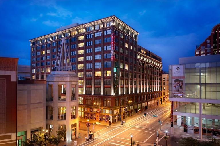 c9d58e53 Embassy Suites by Hilton