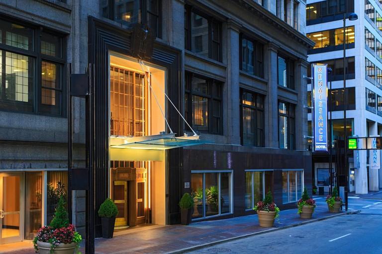 Renaissance Cincinnati Downtown Hotel_4197fdc4