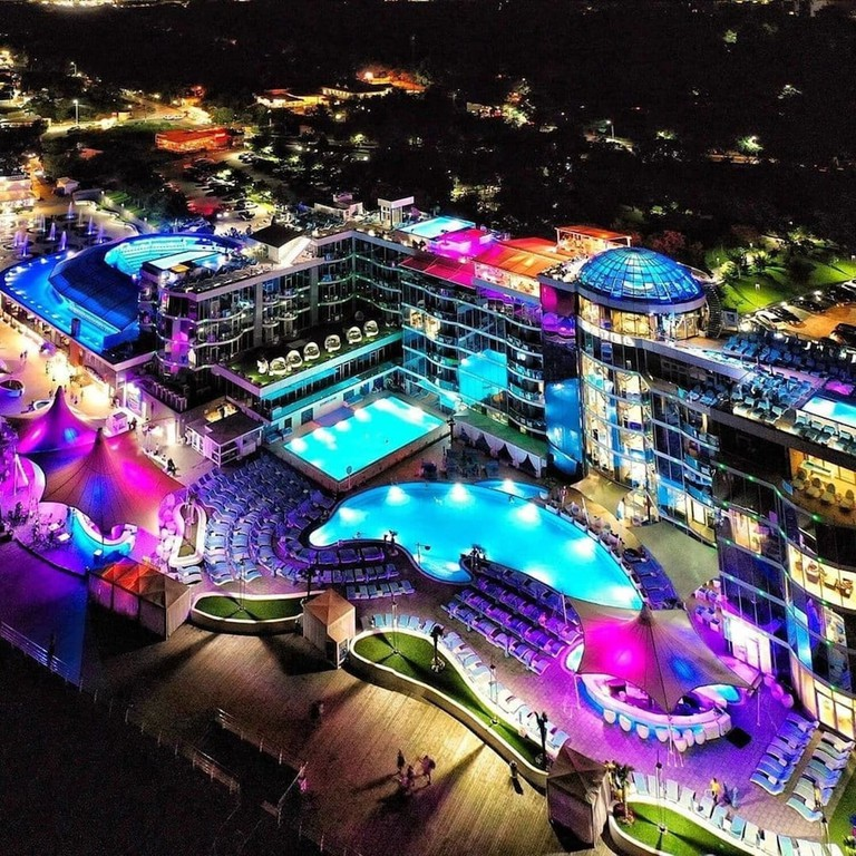 Nemo Resort and Spa Hotel