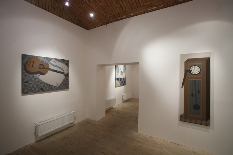 Galerie 35m2 is operated by curators Michala Pěchoučka and Petry Steinerové