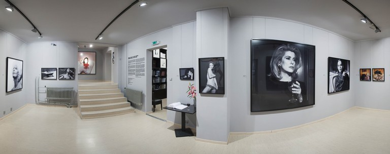 Leica Gallery Praguepresents six to seven photography exhibitions a year