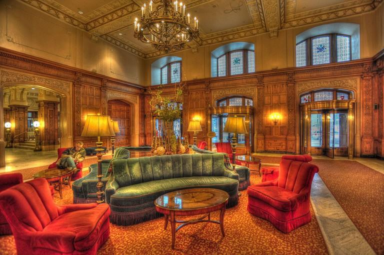 Foyer, Fairmont Chateau Laurier ©tsaiproject
