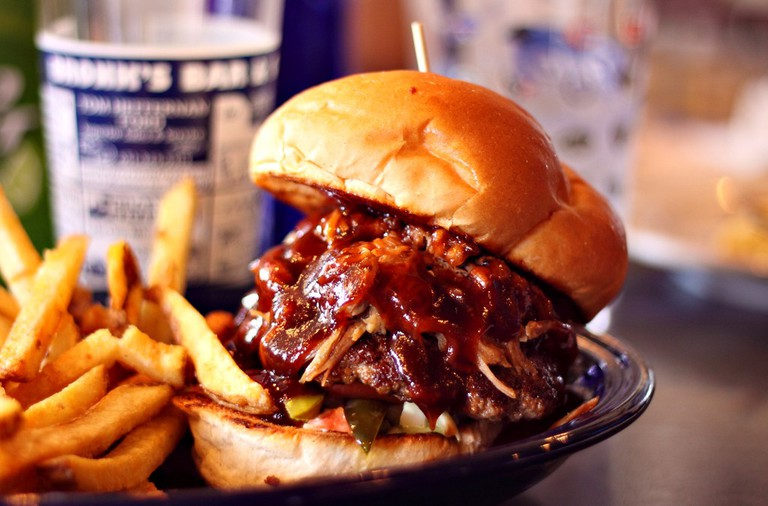 Pulled Pork Burger | ©Jerry Huddleston/Flickr