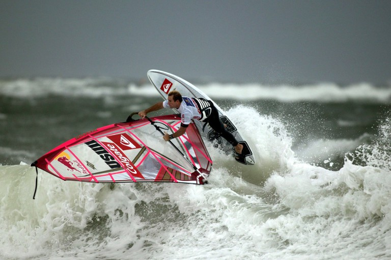 Wind Surfing is very popular here in Paia, Hawaii © Pixabay