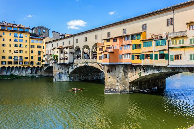Famous bridge Ponte Vecchio  © Kiev.Victor/Shutterstock