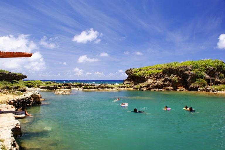 Swimming Guam   ©Tony Chen/Flickr