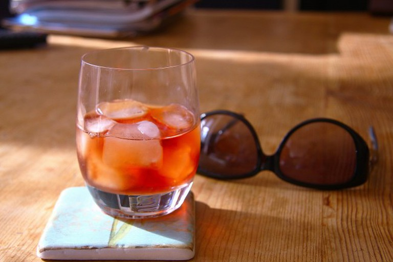 Cocktails in the Sun  ©Adrian Scottow/Flickr