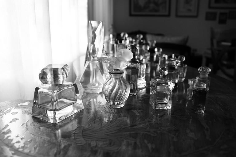 perfume bottles   © pixabay
