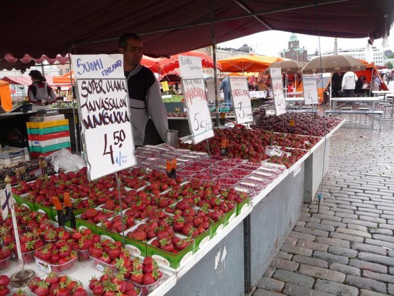A Farmers Market in Finland   © Bev Sykes / Flickr