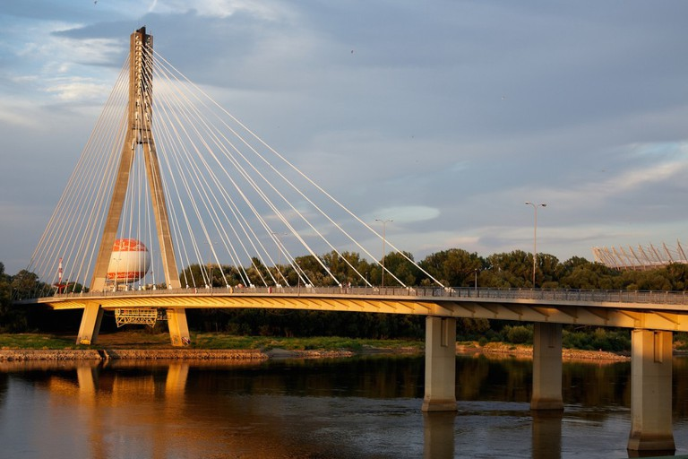 The perfect spot for taking panoramic shots of this dynamic capital city © Mw238 / Flickr