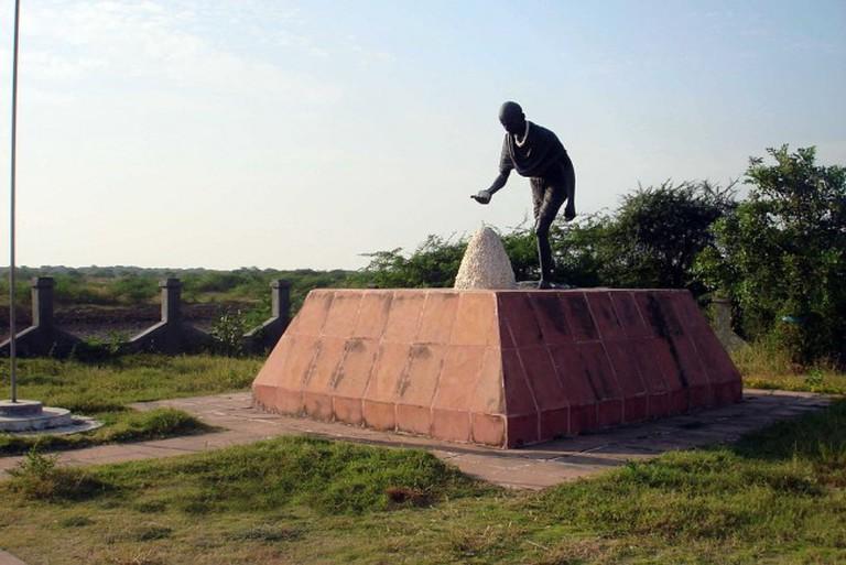 The Dandi Salt March Statue | © Camaal Mustafa Sikan/WikiCommons