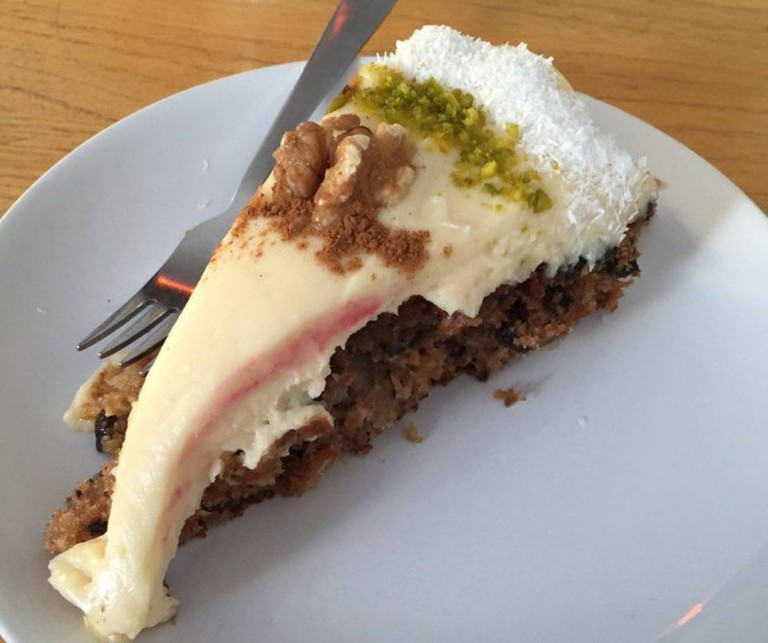 Carrot Cake from Bully's Bakery | © Pia Zimmermeyer