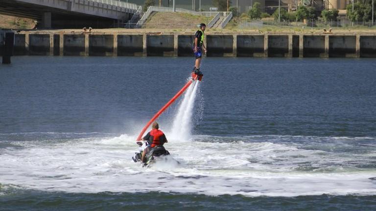 Water-Powered Jetpack © Greg Scales/Flickr