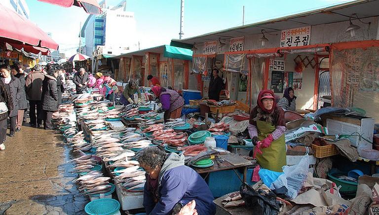 Fish Market  © LWYang /Flickr