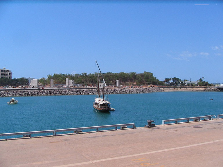 Darwin's waterfront I © Ken Hodge/Flickr