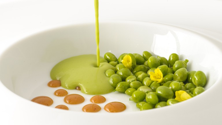 Fresh peas, almonds and garlic flower