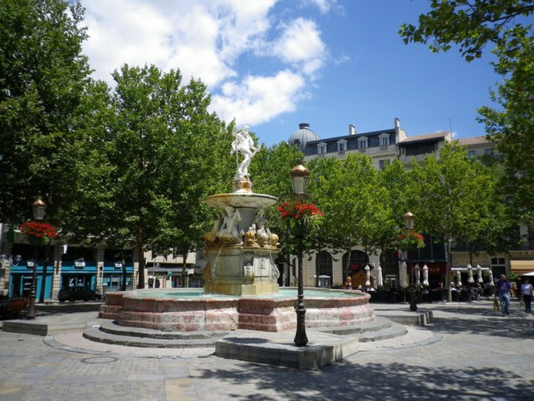 Fountain in Place Carnot | © Jeremy Eades/Flickr