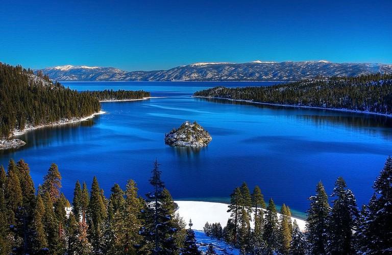 Emerald Bay, Lake Tahoe, USA | ©Michael/WikiCommons