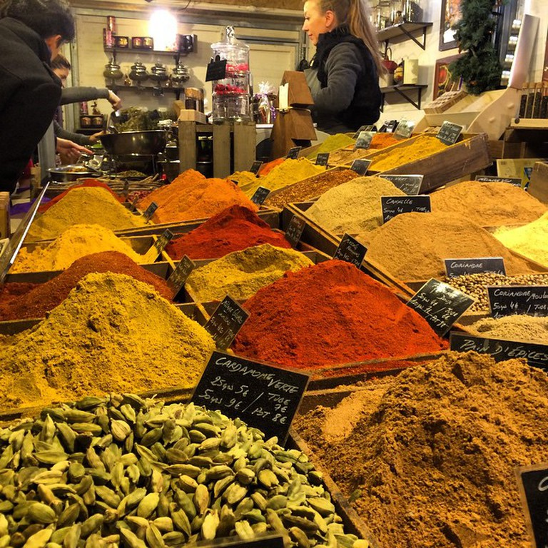 Spices sold in the street market | © UpSticksNGo Crew/Flickr