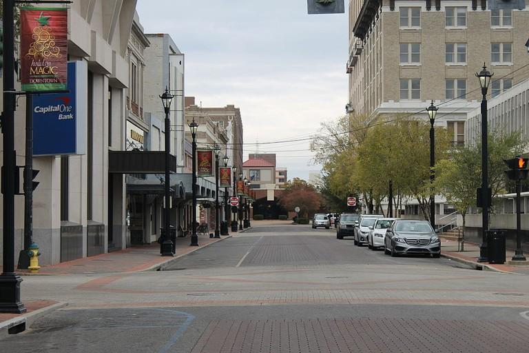 Third Street in Alexandria, LA   ©Billy Hathorn/Wikimedia