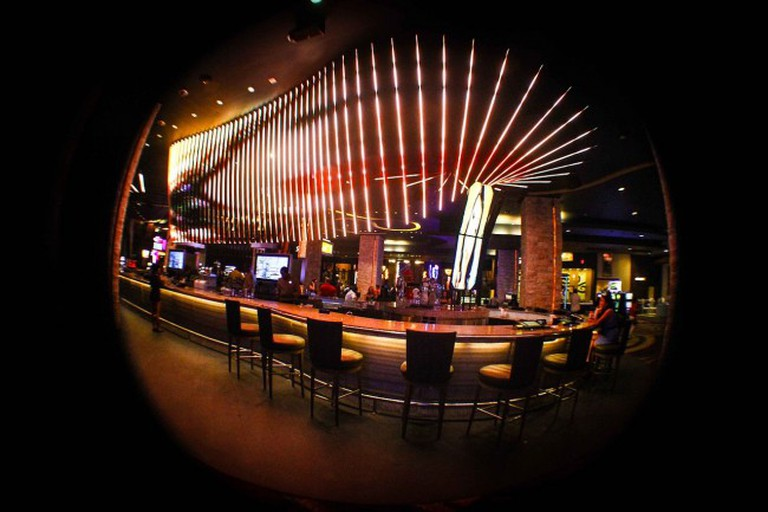 ORO Nightclub bar counter – Hard Rock Hotel & Casino Punta Cana | ©Angel Ramos G/WikiCommons