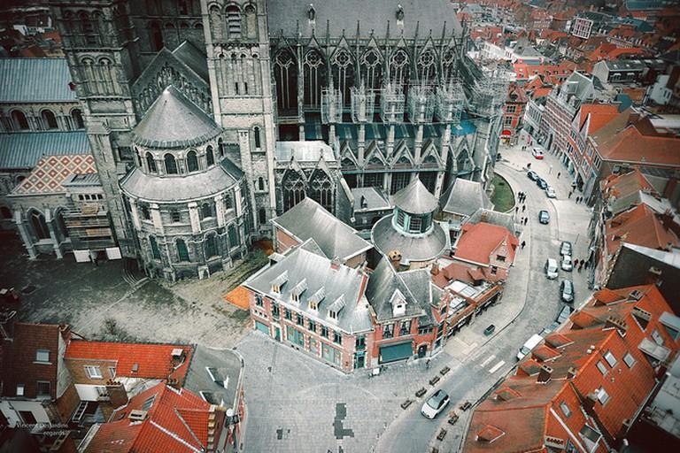 Belgique: Tournai, cathèdrale Notre-Dame de Tournai XIIe | © Vincent Desjardins/Flickr