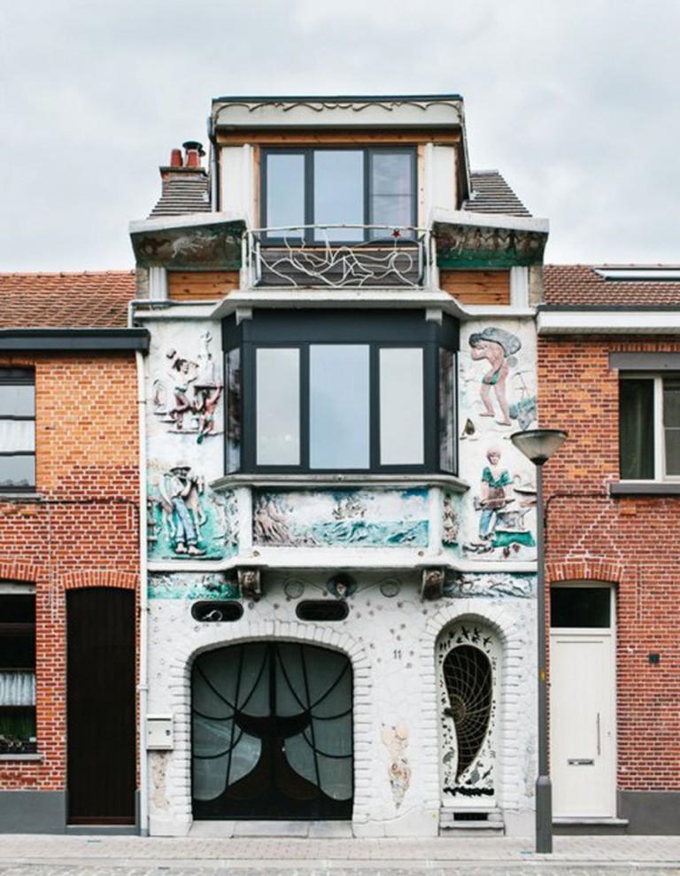 Ugly Belgian Houses | Courtesy of Kevin Faingnaert