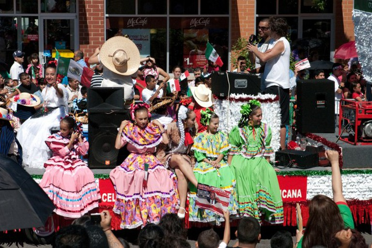 Mexican Independence Day Parade on 26th street | © Julieta Álvarez Leal/Flickr
