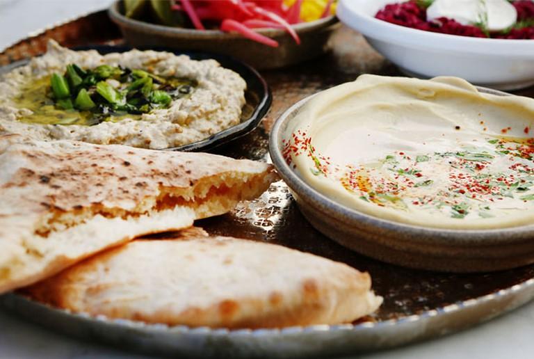 Shaya Hummus © Marianna Massey